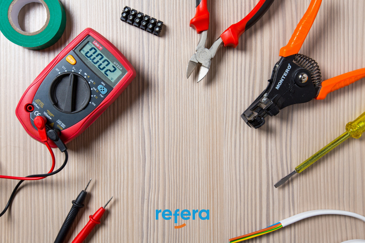 Capa do artigo com as principais ferramentas para um eletricista